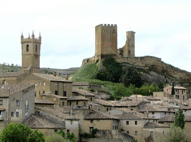 Castillo de la Peña de Ayllón; Uncastillo; Cinco Villas; Aragón; Románico; Romanesque; Roman