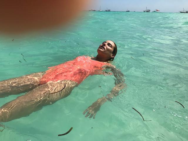 flotando en nunwi