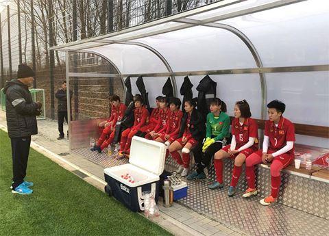 Việt Nam hòa Bayern Munich trong trận giao hữu bóng đá nữ tại Đức