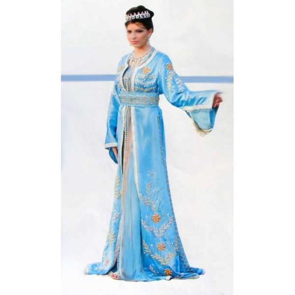 8e8f33260ff Donc restez au courantt avec notre dérnieres tendance model de la model  marocaine 2014 réalisé par des meillers styliste design. vous trouverez des  robes ...