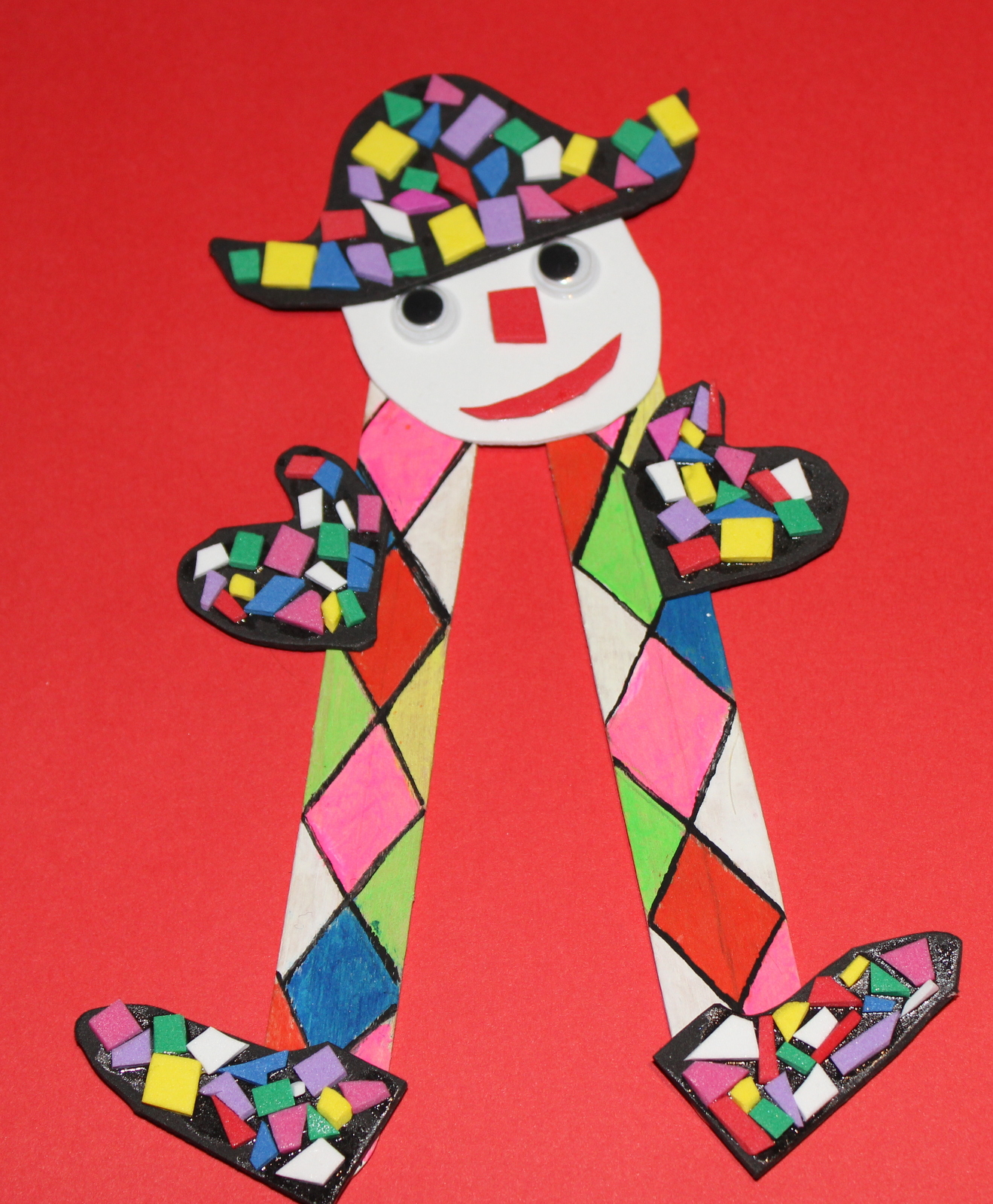 Activité enfant arlequin pour le carnaval