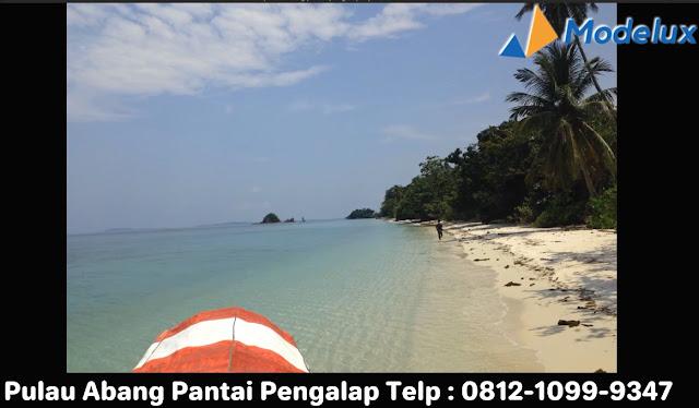 Pulau Pengalap dengan Pantai Pengalap Pesona Pulau Abang