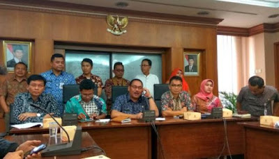 Walikota Jakarta Barat Anas Effendi