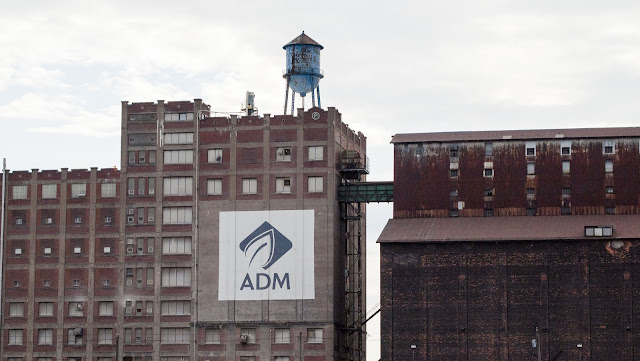 ADM silo on the Buffalo River History Tour