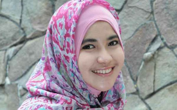 Rahasia Kecantikan Alami Seorang Wanita Muslimah
