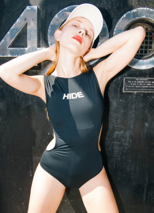 HIDE Side Cut-Out Monokini