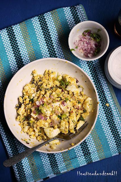 Dimer Bhorta / Bengali Mashed Boiled Egg recipe