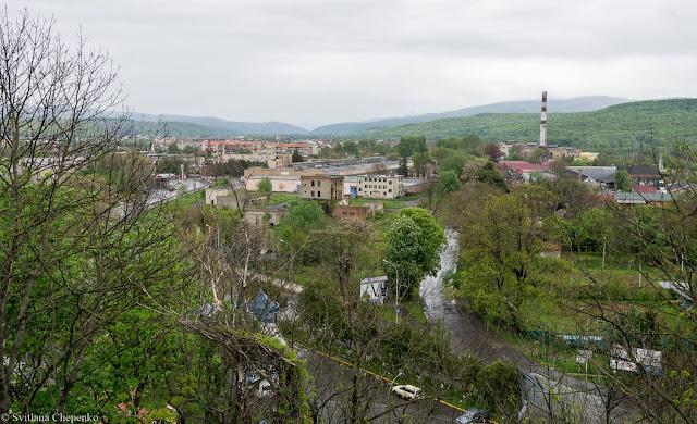 краєвид на Ужгород зі стіни замку