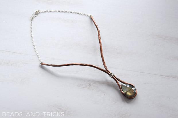 Collana semirigida in rame, argento e labradorite