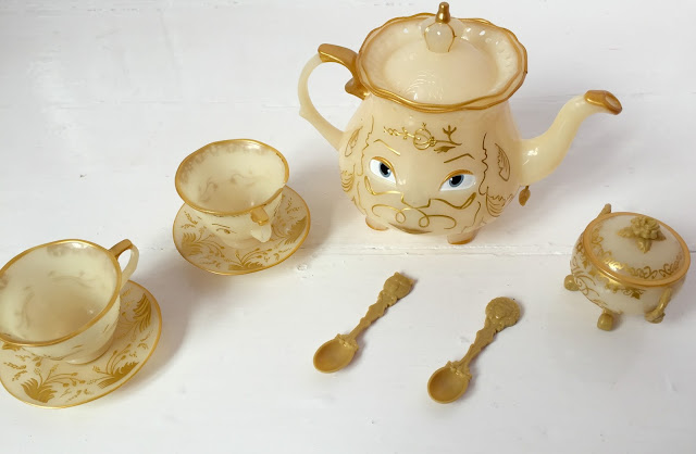 Beauty and the beast teaset