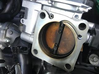 """Membersihkan Throttle Body Honda Dan Cara Mereset Agar Mesin Tidak """"Ngayun"""""""