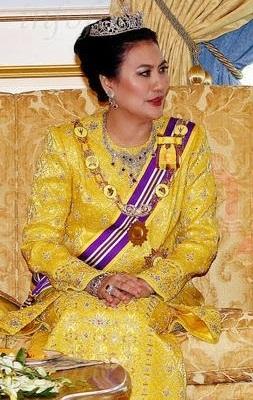 Warisan Raja Permaisuri Melayu Dymm Tuanku Ampuan Besar Negeri Sembilan Tuanku Aishah Rohani