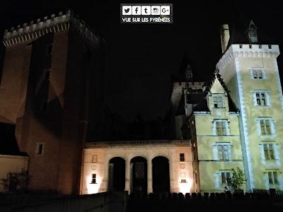 le château de Pau de nuit