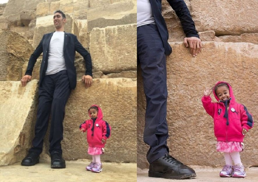 worlds tallest man and shortest woman visit the pyramids