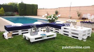 jardin europalet tintado en blanco colchoneta azul Paletsonline.com