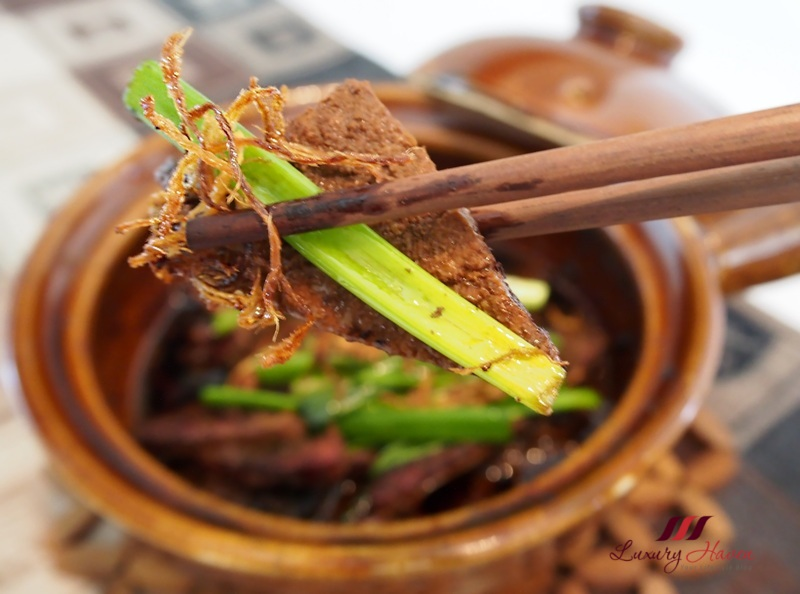 claypot pork liver with spring onion ginger recipe