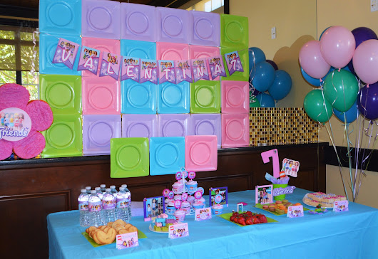 Lego Friends Party