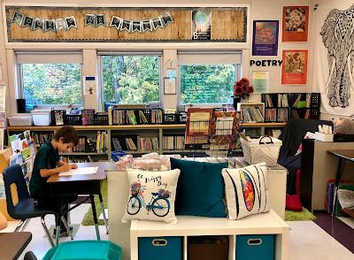 Flexible Seating: Classroom Bench, Desk, Pillows