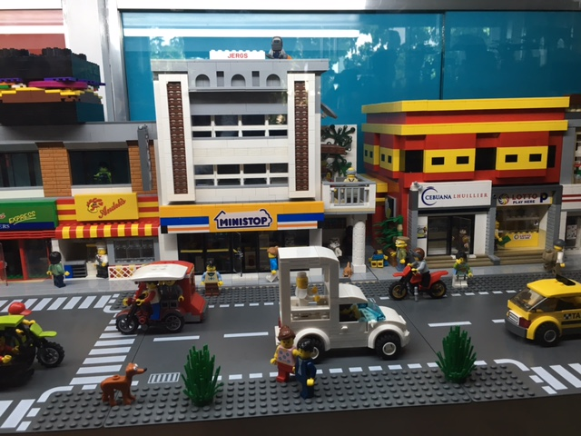 Tricycles, pedicabs and jeepneys - custom LEGO builds at Brick Burger Pasig