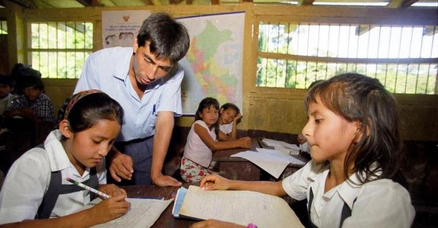 La pedagogía robada o la pedagogía de quienes no son educadores (Carlos Aldana)