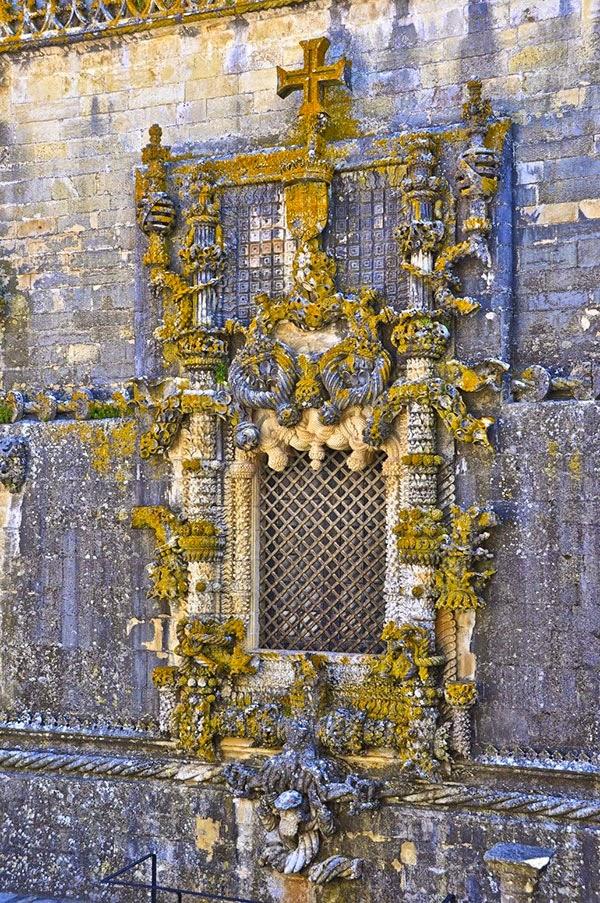 Detalle del Monasterio de Tomar en Portugal
