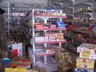 Cung cấp và lắp đặt giá kệ bày hàng tạp hóa tại Quảng Bình