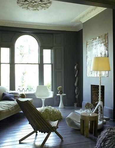 Carpinter as en gris claro de qu color pintar la pared for Pintura blanco roto gris