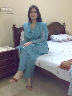 Indian Local Beautiful Girl Wallpaper Medical College Student Cute Desi Teen Young Girl Personal