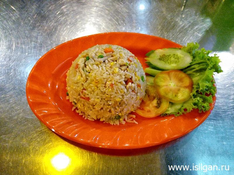 Рис с курицей. Сием Рип. Камбоджа