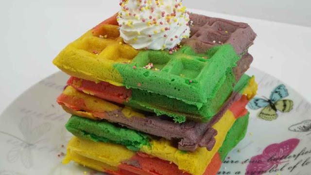 gofres arcoiris. Rainbow waffles