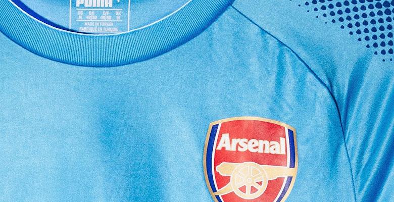 El Arsenal presentó su camiseta suplente Puma para la temporada 2017/18