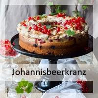 https://christinamachtwas.blogspot.de/2017/08/johannisbeerkranz-mit-baiser-haube.html