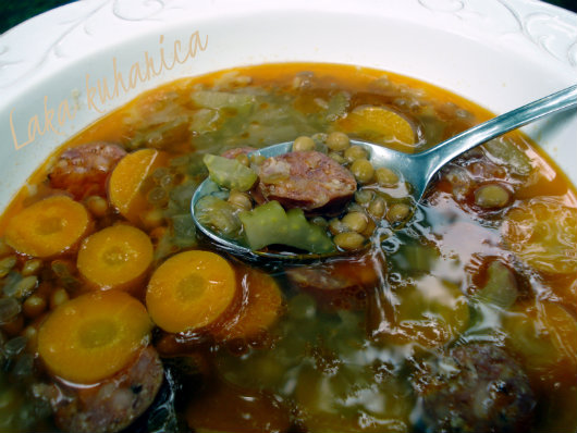 Simple soup with lentils and sausage by Laka kuharica: hearty soup full of wonderful flavors.