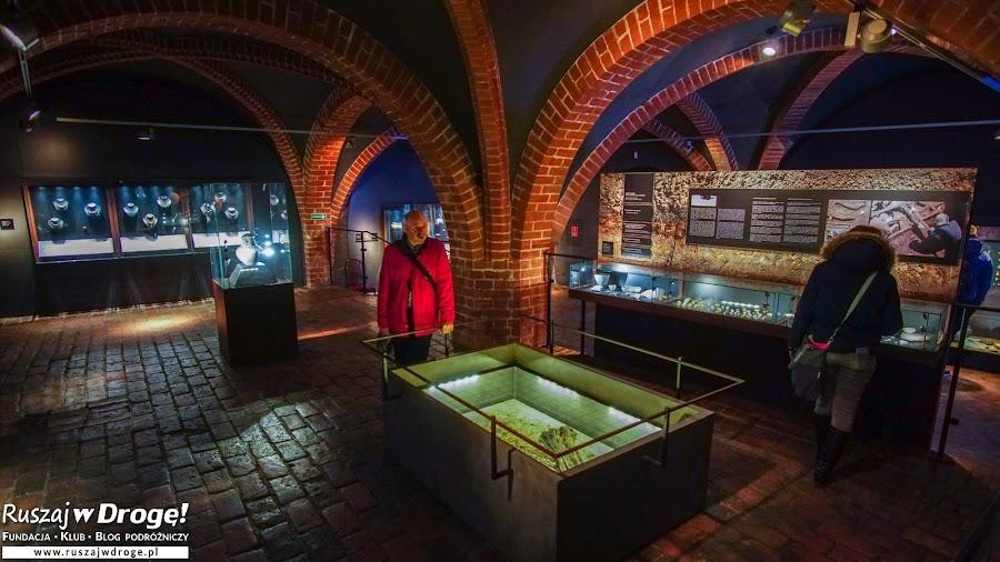 Wystawa o bursztynie na zamku w Malborku