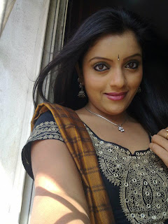 Telugu Cinema Actress and TV Anchor Padmini Picture Gallery