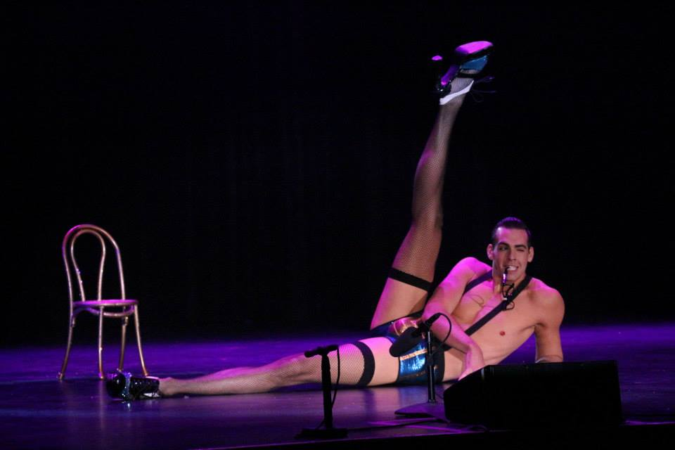 Mr Gorgeous performing at The Burlesque Hall of Fame Weekend 2013.  ©Richard Just  (Trixie Little's B.I.G. Awards)