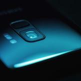 Samsung Luncurkan Smartphone Lipat Galaxy F!!