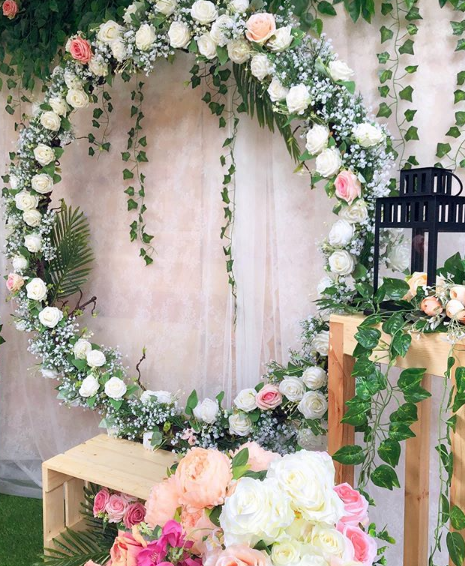 Backdrop Photobooth Pernikahan Kayu Jati Belanda