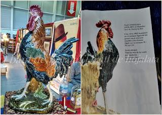 Figura de gallo escultura en Desembalaje Irun