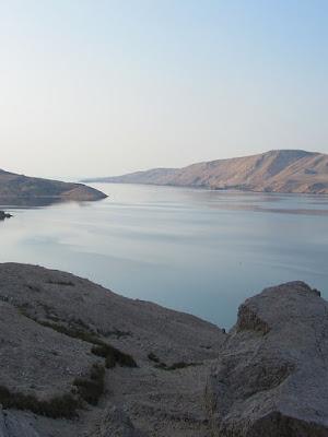 Dalmaçya Tipi Kıyılar ve Özellikleri;
