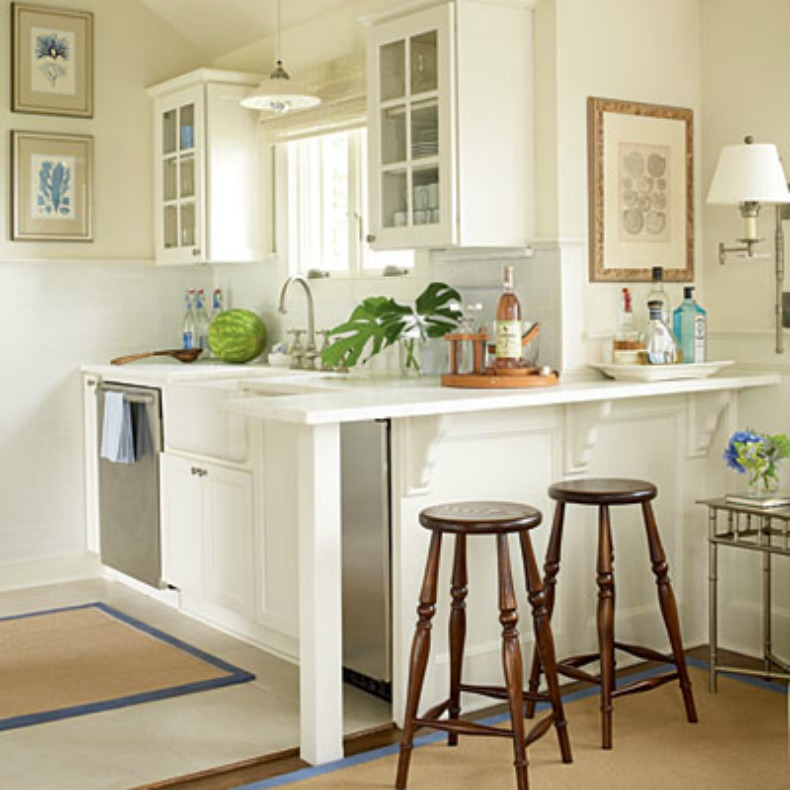 Small coastal kitchen in white on white with big style