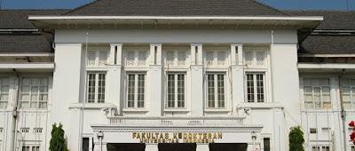 Prestasi Universitas Indonesia Sebagai Universitas Terbaik di Indonesia