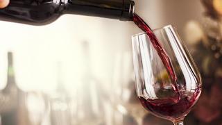 Βρετανία: Εστιατόριο κατά λάθος σέρβιρε κρασί 4.500 λιρών σε πελάτες!