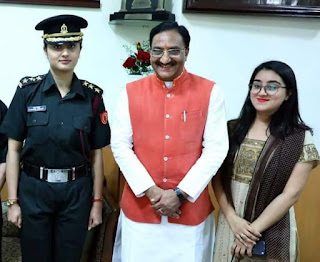 Uttarakhand Ex CM Nishak's daughter join Indian army medical core