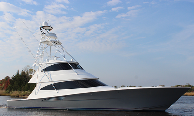 As Usual With Viking Above Sixty Feet In Length The New Jersey Boat Builder Presents Enclosed Bridge Version Here Comes 72