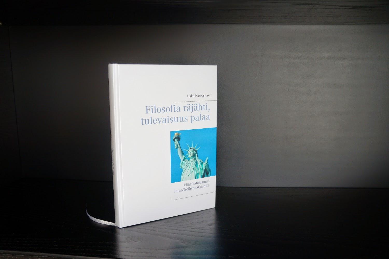 http://www.adlibris.com/fi/kirja/filosofia-rajahti-tulevaisuus-palaa-9789523185425