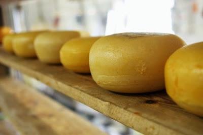 Πως χρωματίζουμε τα τυριά