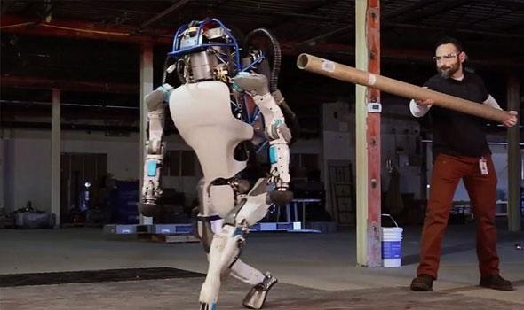بوسطن دينامكس تعلن عن الروبوت المرعب أطلس