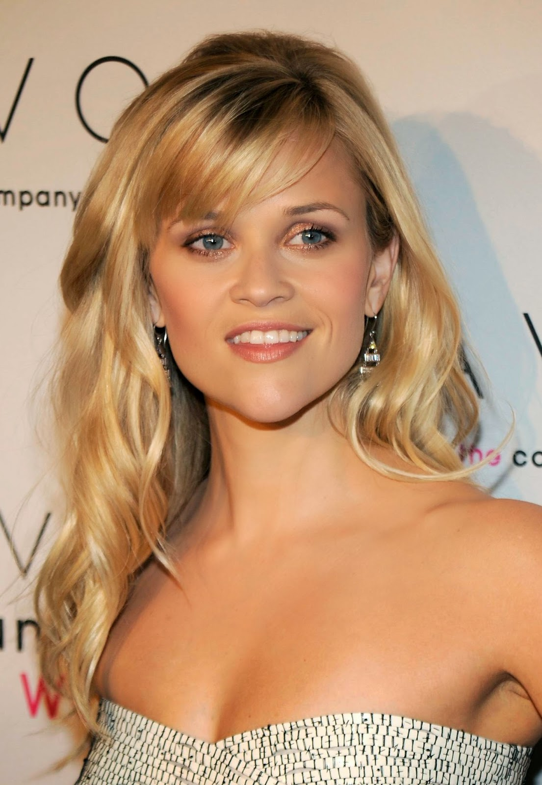 Hairstyles  for long  hair  with bangs  for women Hair