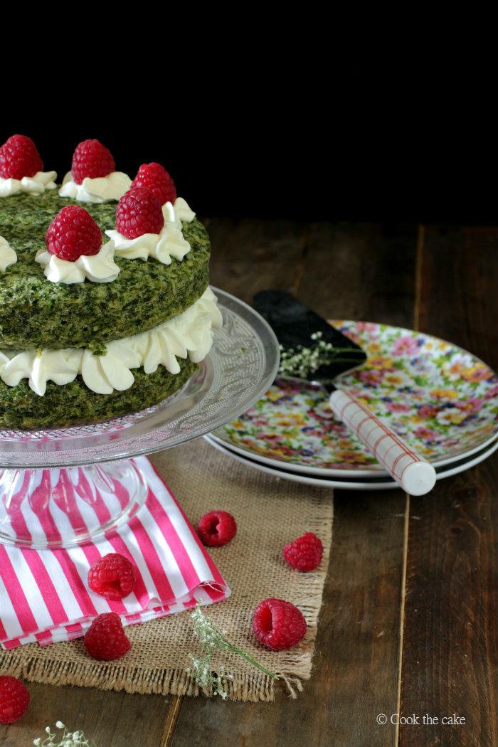 ispanakli-kek, musgo-de-bosque, spinach-cake, pastel-de-espinacas
